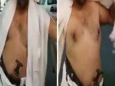 """بالفيديو.. معتمر يحمل """"جنبية"""" أثناء ذهابه لـ""""الحرم المكي"""": """"الرجال بسلاحه""""!"""