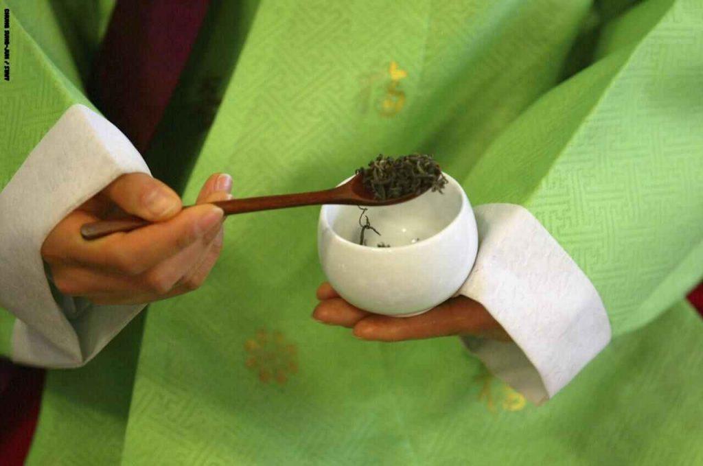 هل الشاي الأخضر مفيد لصحة الجسم ويمنع السرطان ؟