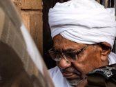 """تفاصيل استجواب """"البشير"""" داخل نيابة مكافحة الفساد في الخرطوم"""