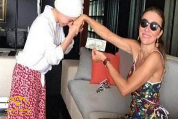 شاهد: زوجة وزير تركي تطلب من خادمتها تقبيل يدها مقابل منحها 100 دولار
