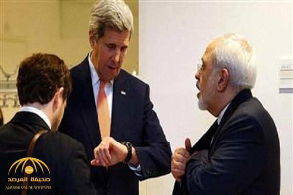 وزير الخارجية الأميركي السابق جون كيري يقع في أزمة بسبب «بضع دقائق»