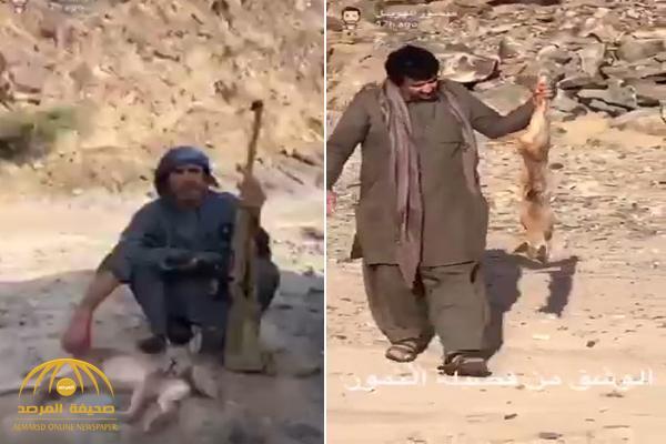 """شاهد : أحد مشاهير """"سناب شات"""" يتفاخر بقتل حيوان """"الوشق"""" العربي النادر"""