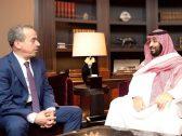 """رئيس تحرير """"الشرق الأوسط"""" يكشف أسباب إجراء مقابلة مع الأمير محمد بن سلمان.. ويوضح انطباعه من ردود ولي العهد (فيديو)"""
