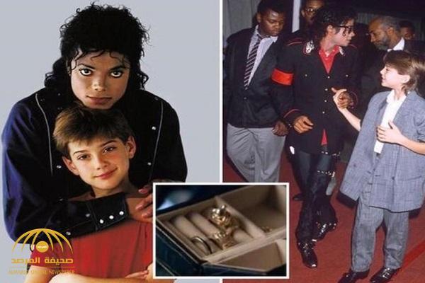 السبب الحقيقي لدفن مايكل جاكسون في تابوت ذهبي وسط كتلة من الخرسانة !