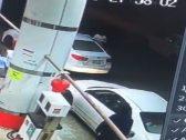 """مالك السيارة المسروقة بجدة يكشف تفاصيل استخدام مركبته في سرقة """"مقيم"""" بحي قويزة.. ويروي كيف غافله الجناة؟"""