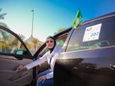 بالصور .. تأسيس أول ناد نسائي للسيارات بالسعودية