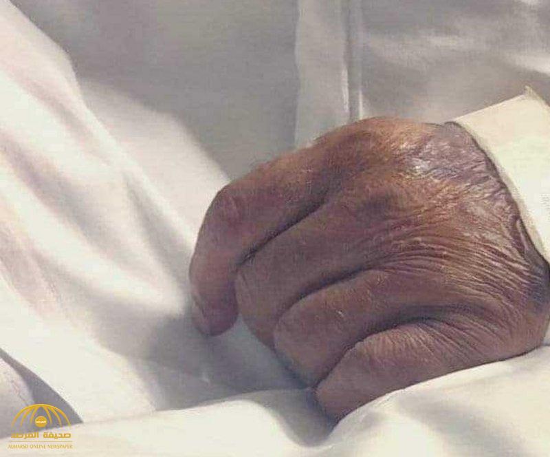 """صحيفة موالية لـ""""أردوغان"""" تستخدم صورة يد مواطن سعودي توفي حديثًا.. والسبب مفاجئ"""