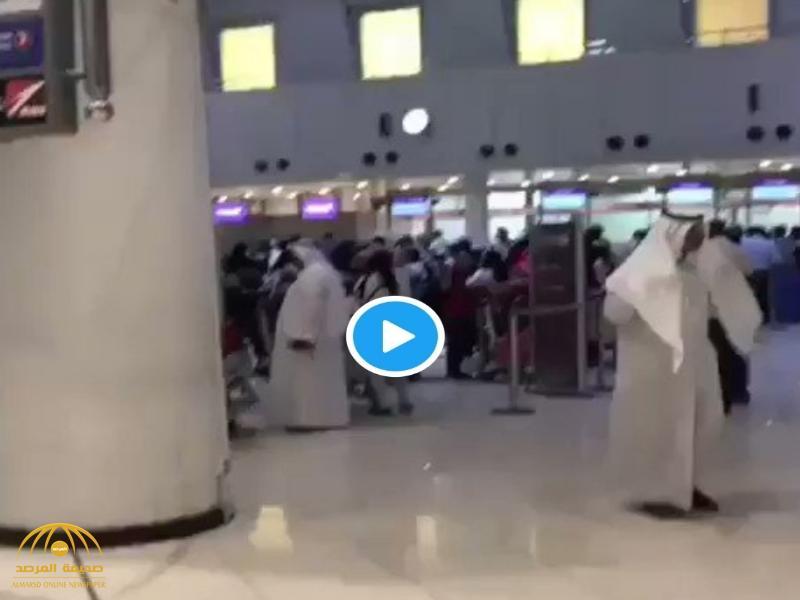 """شاهد فيديو متداول """"منع"""" سفر مقيم في الكويت دون الهوية.. والداخلية تعلق!"""