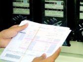 مواطنون يكشفون عن مبالغ خيالية لفاتورة الكهرباء رغم عدم تواجدهم بمنازلهم أو استراحتهم