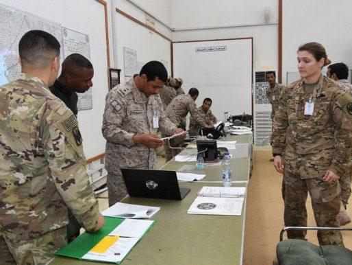 """شاهد بالصور.. استمرار تمرين """"القائد المتحمس 2019"""" بين القوات السعودية والأمريكية"""