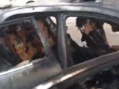 لسبب غريب.. شاهد: احتراق سيارة وتفحمها بالكامل في أحد مناطق المملكة!