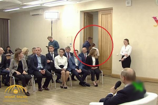 شاهد .. طالبة تفقد وعيها خلال اجتماع مع الرئيس الروسي