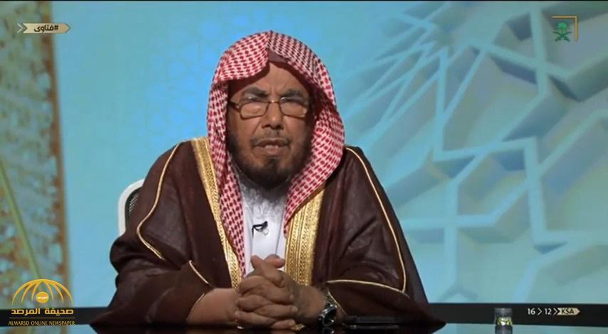 بالفيديو .. الشيخ المطلق : يجوز اقتناء الطيور والحيوانات المحنطة لهذا السبب !