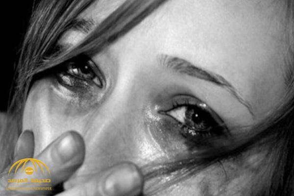 """مصرية: زوجي هددني بفيديو في أحضان أصحابه و""""قلب بيتنا غرزة""""!"""