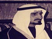 شاهد .. صور نادرة تجمع الأمير الراحل بندر مع والده المؤسس وإخوته الملوك
