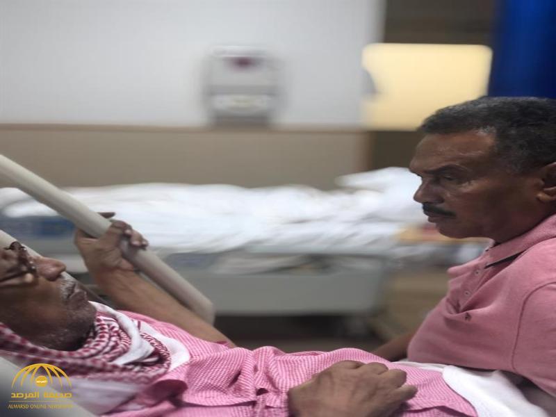 """شاهد.. محمد عبده يزور الموسيقار """"غازي علي"""" في المستشفى!"""