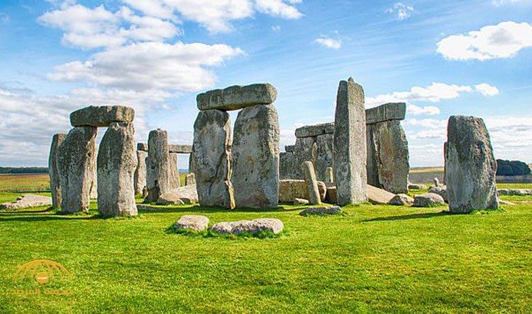 """""""طريقة لا يمكن توقعها"""".. العلماء يكتشفون سر بناء أحجار ستونهنج العملاقة!"""
