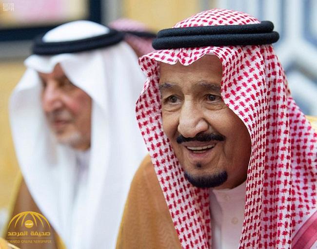 خادم الحرمين يصل إلى جدة بعد إشرافه على راحة الحجاج