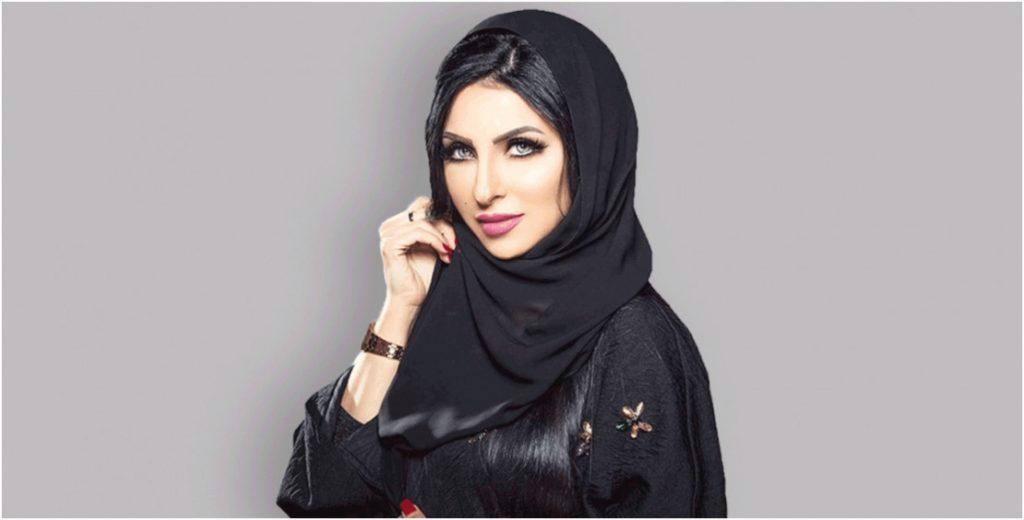 شاهد – ابنة الفنانة البحرينية زينب العسكري في أول ظهورٍ لها .. وفنان كويتي يطلب خطبتها!