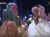 """شاهد: مذيع القناة الأولى السعودية يحرج مسنًا على الهواء في موسم الطائف بسبب """"المطاوعة""""!"""