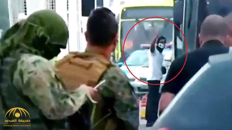 مسلح يحتجز 37 رهينة داخل حافلة بالبرازيل .. وفيديو يظهر لحظة قنصه بعد ساعات من المفاوضات