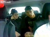 شاهد : جريمة شاب وفتاة وثقتها كاميرات المراقبة داخل سيارة تاكسي!