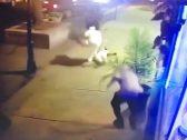 «من بين الرصاص الكثيف».. شاهد: كيف أنقذ أمريكي «صديقته» بطريقة فدائية في أوهايو