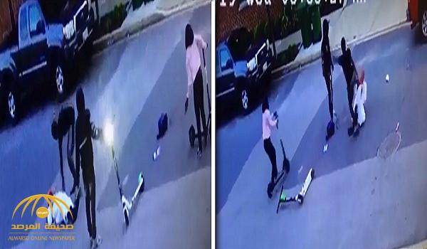 شاهد.. 3 شبان في أمريكا يعتدون على مسلم مسن بزي باكستاني ويسرقون أمواله