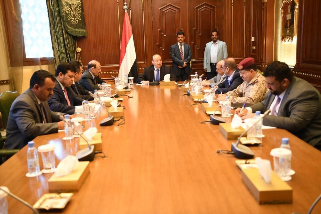 بعد أحداث عدن الأخيرة.. تفاصيل الاجتماع الاستثنائي للحكومة اليمنية في الرياض
