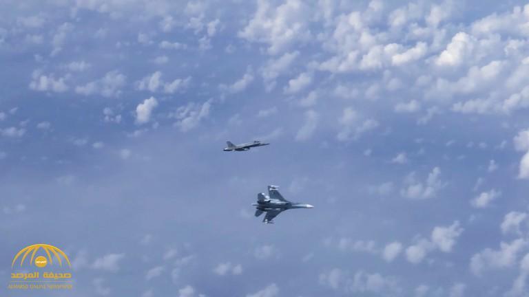 شاهد :  مقاتلة من الناتو تصيب  وزير الدفاع الروسي بالرعب بعد الاقتراب من طائرته  ومقاتلة روسية تعترضها!