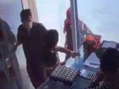 شرطة الرياض: الإعتداء على وافد الخرج ليس سطوا وهذه هي حقيقة ما حدث – فيديو