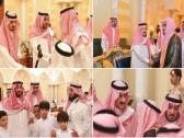شاهد بالصور.. أبناء الأمير بندر بن عبدالعزيز يستقبلون المعزين لليوم الثاني في وفاة والدهم