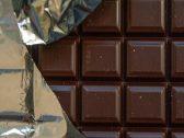 توضيح بشأن تقرير سابق حول تناول الشوكولاتة الداكنة يحسن  البصر