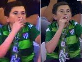"""حقيقة """"الطفل كيد"""".. صورته الكاميرات وهو يدخن في إحدى المباريات بتركيا .. مفاجأة بشأن عمره!-فيديو"""