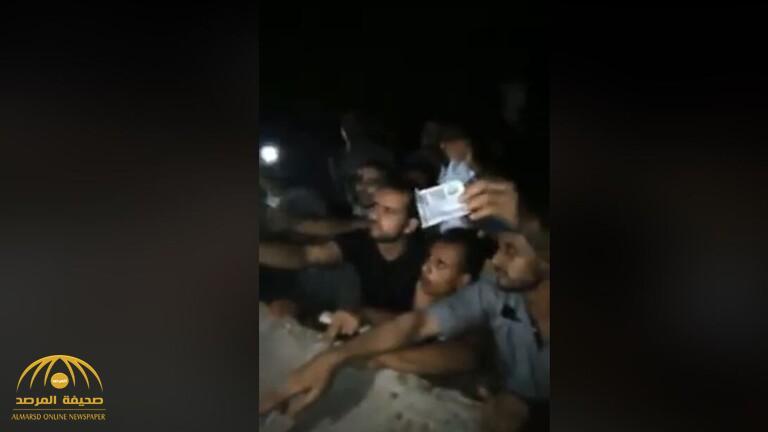 شاهد … فيديو صادم لمصريين  يتهافتون لشراء المخدرات في مكان عام