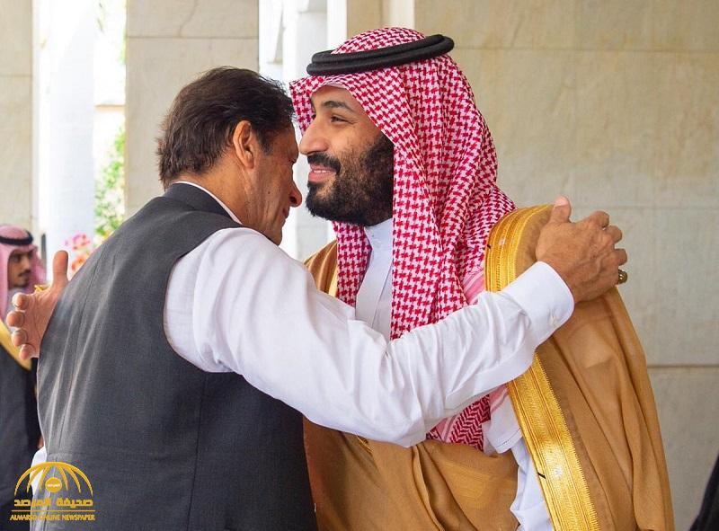 """بالصور .. ولي العهد يجتمع في جدة مع رئيس الوزراء الباكستاني """"عمران خان"""""""