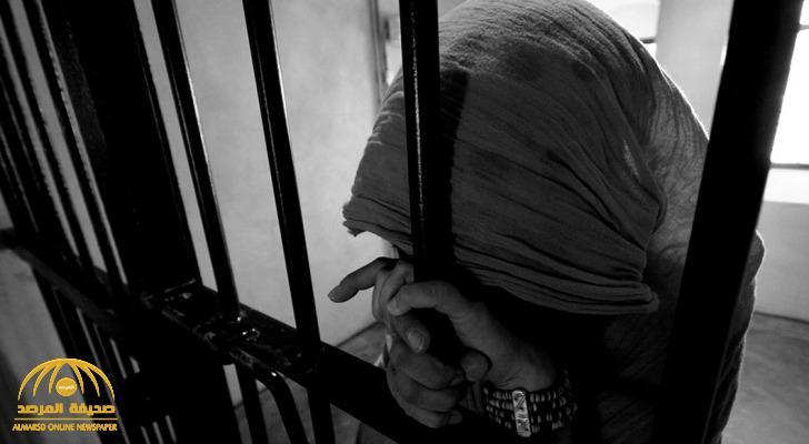 هكذا قادت ديون الابنة والدها للحبس.. ومعلمة تفاجئ المحكمة بما قدمته لإطلاق سراح زوجها  لكنهما سجنا معا !