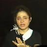 شاهد: بكاء مراسلة قناة فضائية بسبب حرائق لبنان .. وأصوات استغاثة من بيوت تحاصرها النيران!
