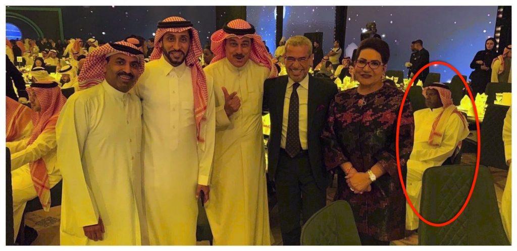 شاهد.. صورة تجمع سامي الجابر وماجد عبدالله في حفل الترفيه بالرياض.. ومكان تواجد الأخير يثير جدلا واسعا !