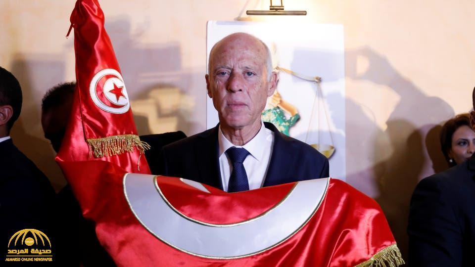 """من هو """"قيس سعيد"""" رئيس تونس الجديد؟"""