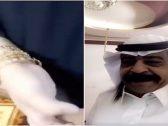 """شاهد.. مشهور سناب شات """" سعد بن درجان الشهراني """" يكشف عن هدية زوجته الثمينة!"""