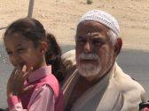 """شاهد .. هل تذكرون """"العم محمود """" مسن الإحساء ؟… ظهر مجددا بعد مساهمة لتخفيف معاناته !"""