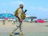 وصول مئات من الجنود والمعدات العسكرية السعودية إلى ميناء عدن