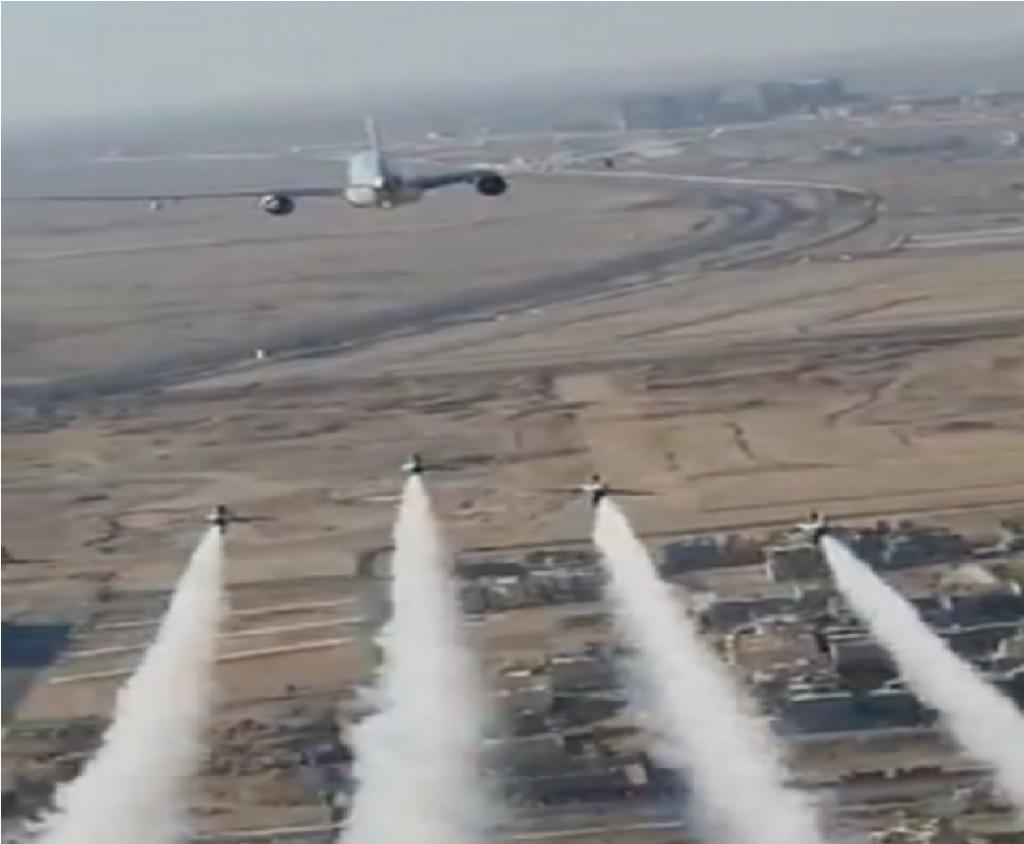 """شاهد … حقيقة الفيديو المتداول ل """"مقاتلات موكب الملك"""" فوق أجواء الرياض !"""
