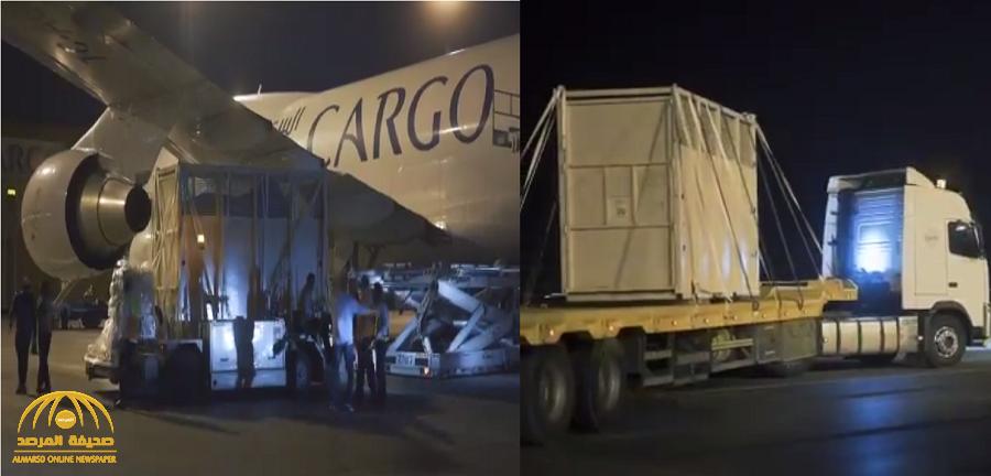 بالفيديو … وصول أضخم زائر للمشاركة في موسم الرياض قادما من إيطاليا !