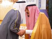 بالصور.. خادم الحرمين يتسلم رسالة من أمير دولة الكويت