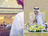 شاهد .. الأمير خالد الفيصل يعتذر لمواطن أراد إلقاء قصيدة شعرية