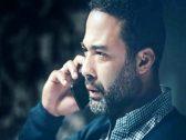 """صديق الفنان الراحل """"هيثم أحمد زكي"""" يكشف موقف غريب أثناء غسيل جثمانه: رقبته تحركت ناحيتي ومسك إيدي! فيديو"""