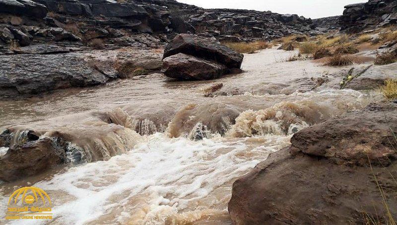 بالصور : أمطار على القصيم وحائل.. والأرصاد تنبه بتساقط البرد وجريان السيول في هذه المناطق!