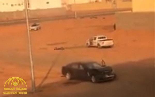 """القبض على سائق الـ """"جيب"""" بعد الدهس المتعمد لشاب في حائل .. والكشف عن هويته وعمره"""